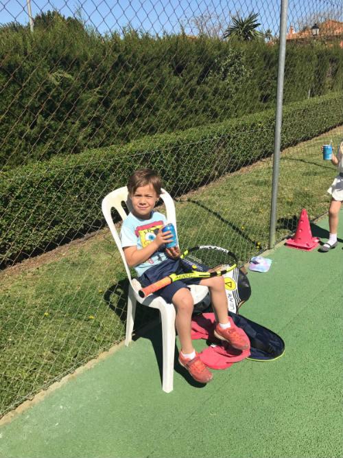 Escuela de tenis para adultos en Mairena del Aljarafe